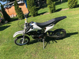 125 pit bike , great bike