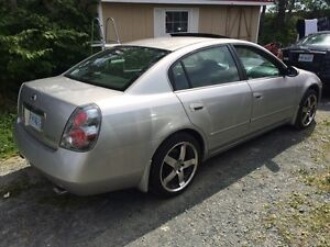 2006 Nissan Altima 2.5 SL Fully loaded