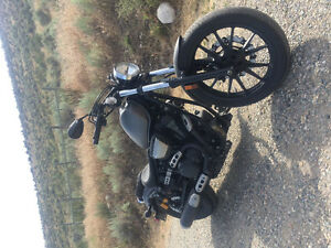 2014 Yamaha Bolt R-Spec low kms