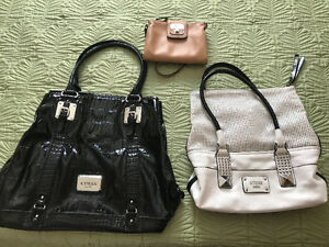 3 Guess bags