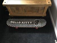 Skateboard - Hello Kitty