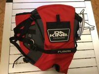DaKine Hawaii Fusion kitesurfing/ windsurfing seat harness. Small. Excellent condition