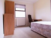 Single Room By Deptford Bridge!