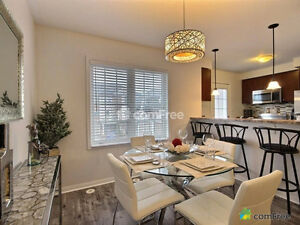 Beautiful -Modern FREEHOLD Townhouse in Oakville .BRONTE&DUNDAS Oakville / Halton Region Toronto (GTA) image 5