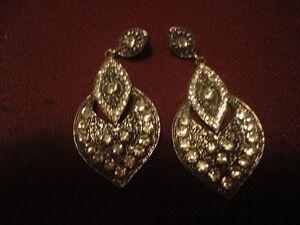 Vintage Style Earrings New