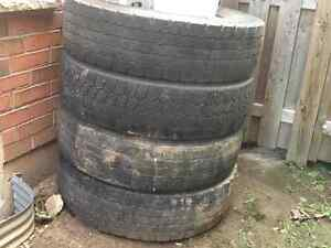 $25 11/22.5R truck tires
