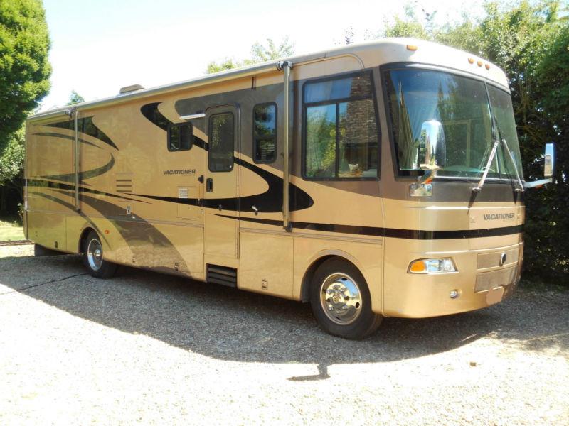 4cfba5a019 2004 Holiday Rambler Vacationer American RV Motorhome