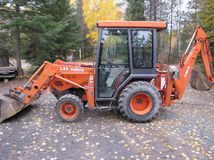 Rare find with cab Kubota L-35 4x4 loader and backhoe