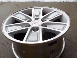"2016 GMC 1500 Alum. OEM 17"" x 6 bolt x 6 spoke rims , no tires"