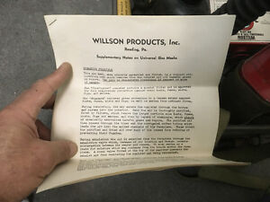 Gas Mask Willson double ww2 or 1950s kit in case Saint-Hyacinthe Québec image 4