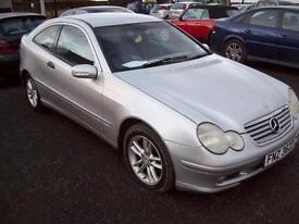 2004 Mercedes-Benz C200 2.2D auto SE