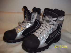 Bari Winter Boots Rookie White Size 5½ and 6 (Two Pairs)