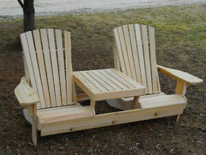 NEW!!! Adirondack Settee Chair With table in middle