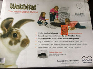 Wabbitat Cage with pull out bottom