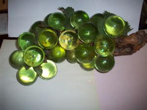 Vintage Grape Cluster