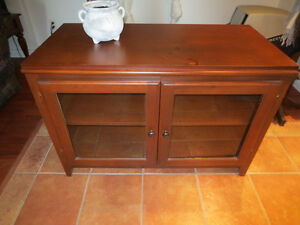 MEUBLE (COMMODE)