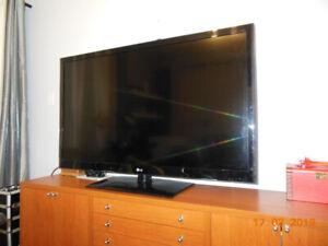 television  led lcd  55 po
