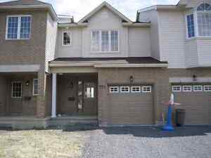 3 Bedroom and 2 1/2 Bath Townhome for Nov 1st