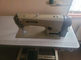 BROTHER B755- MK111 INDUSTRIAL SEWING MACHINE