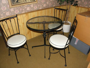 Cast Iron Breakfast Table & Chairs