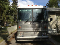 TOUR BUS $6000 1984 MCI. MC-9 Crusader 12 BUNK BEDS