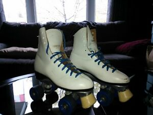 Dominion Roller skates size 7