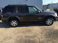 2007 Ford Explorer XLT SUV,with 2 command start remote