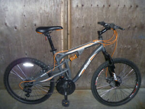 "Wicked Fugative  24"" full suspension mountain bike"