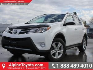 2014 Toyota RAV4 XLE   Sunroof - AWD - Nav - Heated Seats