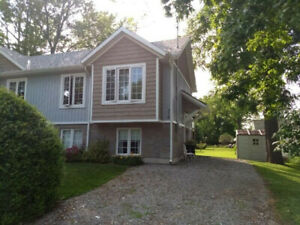 1 bedroom Semi-Detached in Dunnville with Water included