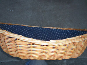 Gorgeous Wicker Dog/Cat Bed
