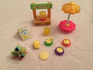 littlest pet shop lemonade stand