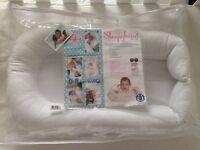 Sleepyhead Deluxe Portable Baby Pod White (0-8 months)