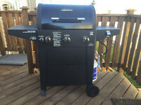BRINKMANN barbeque - 3 burner - propane gas