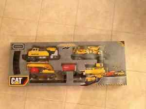 Caterpillar train set $50 or best offer London Ontario image 1