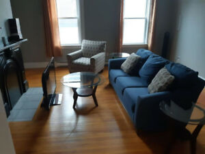 First Month Free - Large 3 Bedroom on Princess Street
