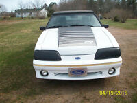 1992 Ford Mustang Convertible standard 4 cylinder
