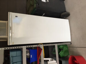 Apartment size or beer refrigerator