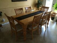Solid Wood Dining Room set with 6 chairs