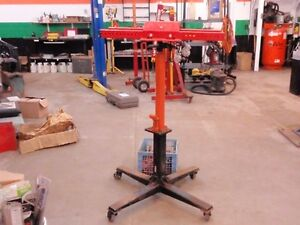 HYDRAULIC TRANNY JACK AND FUEL TANK STAND  1/2 TON