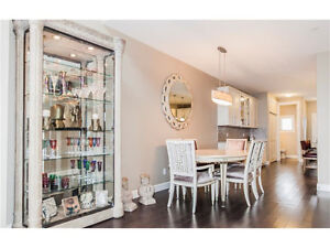 Executive Townhouse-Amazing Views-Great Location-Pet Friendly