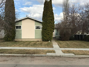 Easy walk to South Campus LRT and great view! Utilities Included