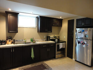 Oshawa Center Legal 3-Bedroom Apt, Pet Friendly