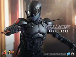 Hot Toys GI JOE Retaliation Snake Eyes