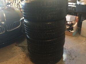 4 Pneus d'hivers Pirelli Ice scorpion grandeur 255/50 R19 107H M