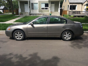 2003 Nissan Altima - with summer AND winter tires!