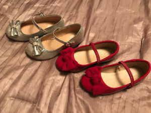 Like New! (2) Pair Toddler Girl Dreas Shoes. Sz 9