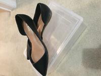 Worn 1 time Aldo 100%genuie leather women flats like new size 9
