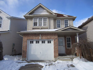 4bedroom sngle house in Laurelwood area, Waterloo