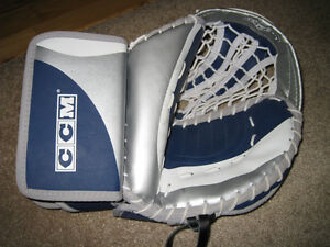 CCM Road Hockey Catcher/Trapper $35 in new condition